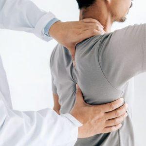 Man shoulder treatment